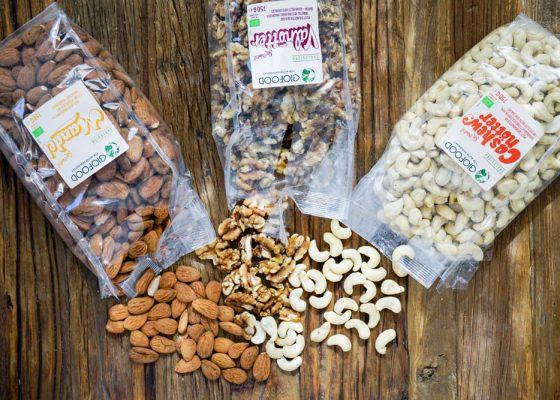 Blötlägga och aktivera nötter/frön – därför ska du göra det och så gör du!